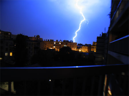 Bataille d\'image - Page 3 Thunder